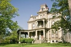 Garth Woodside Mansion in Hannibal, Missouri is a wonderful Bed and Breakfast we have stayed at several times!