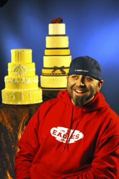 Other people that I'm looking forward to seeing- Duff Goldman -He's so funny and his cakes always blow me away!