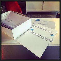 Werkboeken en naambordjes opgehaald voor de #ORtraining van morgen en volgende week! :-)
