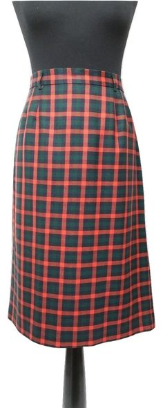 Vintage Skirt by Viyella in Red & Green Tartan / Plaid Size 14 - Very Good Condition - Free Postage - Reduced International Postage