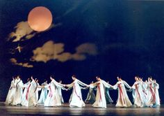 "A traditional Korean Story & Dance ""Ganggangsullae"" performed on Chuseok."