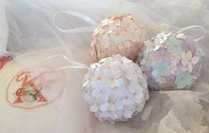Kissing ball pomander for your flowergirl bridal by DunnCrafting