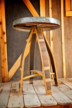 Elegantly crafted table that can be used by itself or as quaint table. Wine Barrel Chairs, Whiskey Barrel Furniture, Wine Barrels, Wine Furniture, Furniture Design, Modern Furniture, Barrel Projects, Wood Shop Projects, Barris