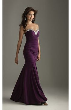 maid of honor dress=] In charcoal gray!!  Awesome!!