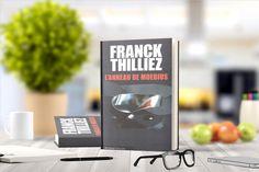 «L'anneau de Moebius» de Franck Thilliez  Résumé: epuis toujours, Stéphane Kismet a des visions prémonitoires. Jusqu'à présent, ce n'était que de vagues sensations de déjà-vu, suffisantes toutefois pour avoir fait de sa vie un enfer, entre drames inexplicables et traitements psychiatriques. Mais cette fois, ses rêves sont précis et s'enchaînent avec une indéchiffrable logique. …