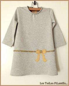 """Robe Y """"Petites filles modèles"""" par Les Toiles Filantes"""