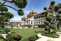 grand palace.Grand palace has been the official residence of the Kings of Siam (and later Thailand) since 1782. The king, his court and his royal government were based on the grounds of the palace until 1925.Book Cheap Flights Tickets to Thailand from UK at  Travel Trolley.