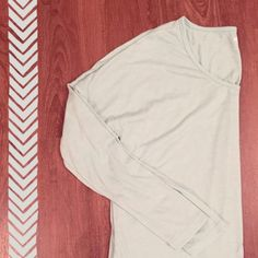 Old Navy Long Sleeve Tunic Feels like butter. Size says large on tag, but runs small and would fit small-medium. 65% Polyester 35% Rayon   Need any other information? Measurements? Materials? Feel free to ask! Don't be shy, I always welcome reasonable offers! Fast shipping! Same or next day! Sorry, no trades!   Happy Poshing!☺️ Old Navy Tops Tunics