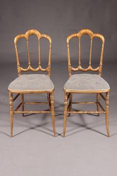 C-Dom-19 Zierlicher Stuhl im Stil des 19. Jhd.