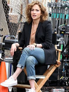 Star Tracks: Friday, June 5, 2015   JENNY ON THE BLOCK   Jennifer Lopez takes it easy on the set of her newest N.Y.C.- based project, police drama Shades of Blue, on Thursday.