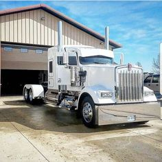 Kenworth custom W900L  Awesome . Fast shout to my favorite haul company. You should car with us. Premium Exotic Auto Enclosed Transport. We are coast to coast and local. Give us a call. 1-877-eHauler or click LGMSports.com