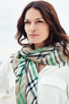 Lasessor Collection on Lasessorin premium-tuotteiden ajankohtainen verkkokauppa. Silk Scarves, Summer, Collection, Products, Fashion, Moda, Summer Time, Fashion Styles, Fashion Illustrations