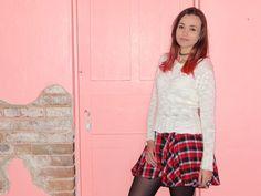 Bianca Schultz   Blog de Moda e Beleza: Look: Saia xadrez e coturno