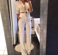 Boss Lady hoch taillierte Anzughose in Weiß White Pants Outfit, White Outfits, Classy Outfits, Casual Outfits, Office Outfits, Office Attire, Dress Pants Outfit, Dress Clothes, Work Clothes