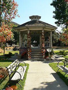 Panoramio - Photo of Stars Hollow Town Gazebo on we heart it / visual bookmark #11905134