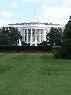 The white house! So beautiful! <3