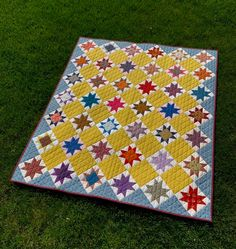 Finish It Up Friday ~ Vintage Stars Quilting Board, Quilting Room, Picnic Blanket, Outdoor Blanket, How To Finish A Quilt, Star Quilts, Pin Collection, Friday, Stars