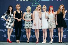 'Better late than never' stars team up with k-pop power group girls' generation Sooyoung, Yoona, Snsd, Korean Fashion Summer Casual, Korean Fashion Kpop, South Korean Girls, Korean Girl Groups, Yuri, Girls Generation