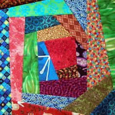Wonky log cabin blocks to make a Wonky log cabin quilt