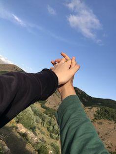 Cute Love Couple, Cute Couple Pictures, Friend Pictures, Couple Photos, Cute Muslim Couples, Cute Couples Goals, Relationship Goals Pictures, Cute Relationships, Applis Photo