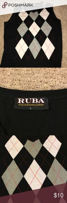 Sweater Vest Sweater vest in very good condition. Size large. No rips or stains. Ruba  Sweaters V-Neck