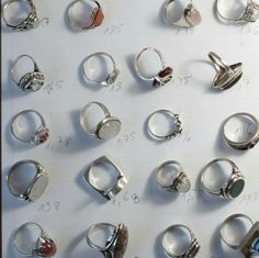 work in progress... check my new collection of fantastic vintage silver rings