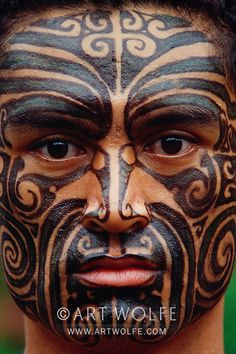 Photo by Art Wolfe . Maori man, Australia/New Zealand. Maori tattoos are part of the culture of the indeigenous Polynesian people of New Zealand. Maori Tattoos, Ta Moko Tattoo, Maori Tattoo Designs, Maori Face Tattoo, Tattoo Wolf, Tribal Tattoos, Borneo Tattoos, Thai Tattoo, Neck Tattoos
