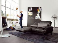 Rolf Benz - Plura.Do siedzenia, leżenia i spania - 3 w jednym. Fantastyczne rozwiązanie dla małych przestrzeni, loftów oraz bardzo wygodna sofa do biura, na której można...usnąć :)  #rolfbenz #design #stacjadesign #wnętrza