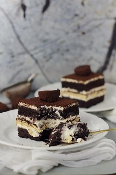 Cake with mascarpone cream and coffee - Cooking Cake Deliciouse Tasty Dishes, Food Dishes, Romanian Desserts, Cake Recipes, Dessert Recipes, Sweet Cakes, Ice Cream Recipes, Chocolate Recipes, Easy Desserts