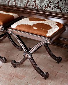 Want to get comfortable with cowhide before you commit to a large statement piece? Start small, with a subtle, functional accent piece, like a footstool or a mirror. Cowhide Decor, Cowhide Furniture, Western Furniture, Rustic Furniture, Furniture Decor, Cabin Furniture, Furniture Design, Western Homes, Cow Hide