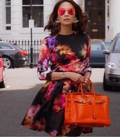 When your Birkin matches your shades and your dress