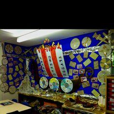 Viking display - natural tye dye, group designed shields, photos of dressing up… Teaching Latin, Teaching History, Teaching Art, Teaching Ideas, Primary School Displays, Classroom Displays, Classroom Decor, Viking Shield, Viking Art