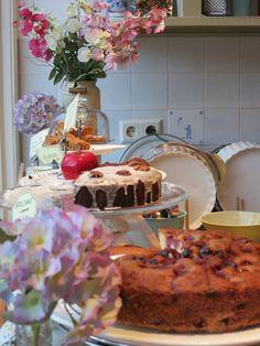 Quaint English Bakery | Kobus & Saartje Bakery – this quaint cake shop and bakery serves ...