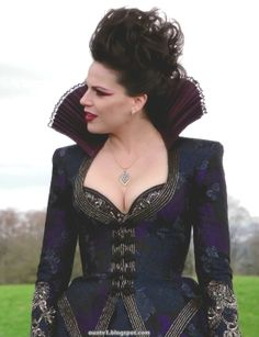 fb03f90c99 The-Evil-Queen-the-evil-queen-regina-mills-