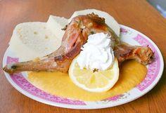 Pečený králík se svíčkovou omáčkou Food 52, Camembert Cheese, Rabbit, Dairy, Chicken, Ethnic Recipes, Rabbits, Bunny, Bunnies