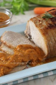 Soft and juicy roast in a pan- Here's how to get a veal, beef or pork roast soft, tender, juicy, not Beef Skillet Recipe, Skillet Meals, Cooking Sauces, Tomato And Cheese, Pork Roast, Other Recipes, Pork Recipes, Pasta Dishes, Easy Meals