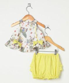 Conjunto Póssum Feminino Bebê Branco Baby Girl Dresses, Baby Dress, Cute Summer Outfits, Kids Outfits, Baby Girl Fashion, Kids Fashion, Baby Swimsuit, Frocks For Girls, Baby Sewing