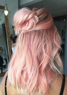 52 Charming Rose Gold Hair Colors: Como obter o cabelo Rose Gold Gold Hair Colors, Ombre Hair Color, Cool Hair Color, Hair Colours, Hair Color How To, Hair Colour Ideas, Cabelo Rose Gold, Pastel Pink Hair, Rose Pink Hair