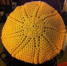 Sun-Ray Slouch Hat - free crochet pattern - a touch of sunshine during grey winter days!