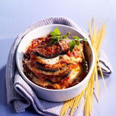 Découvrez la recette Escalopes à la parmigiana sur cuisineactuelle.fr.