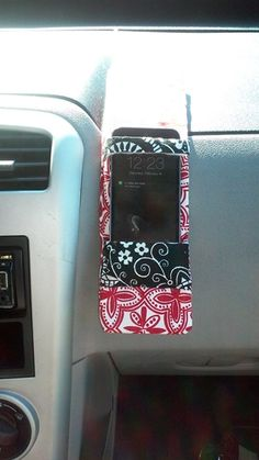Cell Phone Holder On Leg Cell Phone Holder Bike Handlebar Iphone Car Mount, Car Cell Phone Holder, Cell Phone Car Mount, Iphone Holder, Magnetic Phone Holder, Video Vintage, Mobile Holder, Chevrolet Silverado, Car Accessories For Girls