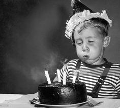 Birthday Treats, It's Your Birthday, Birthday Bash, Birthday Celebration, Happy Birthday Vintage, Happy Birthday Wishes, Birthday Greetings, Retro Birthday, Happy Birthdays