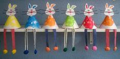 Handprint / Footprint bunnies for Easter deco Easter Peeps, Easter Art, Easter Crafts For Kids, Toddler Crafts, K Crafts, Paper Crafts, Diy Ostern, Butterfly Crafts, Easter Activities