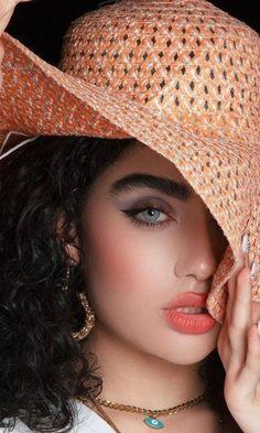 Beautiful Eyes, Beautiful Women, Nice Face, Interesting Faces, Israel, Cute Girls, Cowboy Hats, Lady, Model