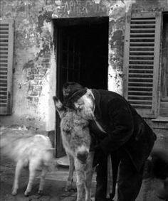 Le père Frédé et son âne Lolo au Lapin Agile