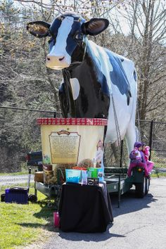 Turkey Hill Cow - Lancaster County