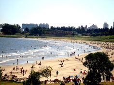Playa del Buceo, Montevideo.