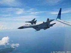 Sukhoi TNI mengawal Boeing BBJ Indonesia One