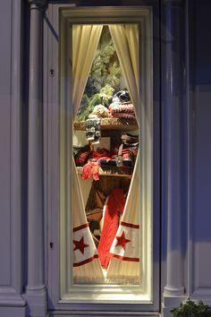 Peek Window of Ralph Lauren Accessories for Christmas