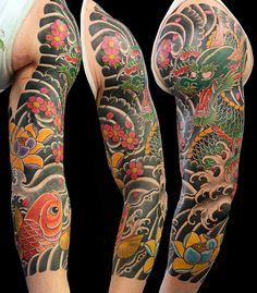tatouage bras homme japonais-carpe-koi-dragon